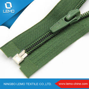 3#Plastic Coil Nylom Zipper for Garment pictures & photos