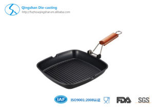Steak BBQ Grill Pan with Foldable Wooden Handle pictures & photos