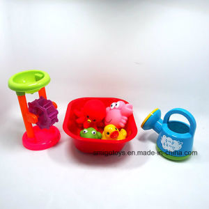 2017 Hot Customized Plastic Floating Bath Animal Toy Set Made in China pictures & photos