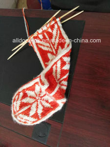 Fashionable New Design Comfy Soft Hand Knit Knee High Slipper Socks pictures & photos