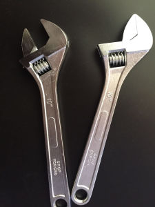 Forged Adjustable Wrench with Plastic Handle pictures & photos