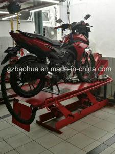 Hydraulic Scissor Car Lift/Scissor Car Lift/Motorcycle Scissor Car Lift/Portable Scissor Car Lift pictures & photos
