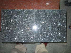 China Cut to Size Blue Granite, Polished 2cm Thickness Blue Pearl Tile pictures & photos