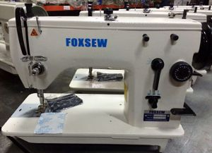 Automatic Oil Zigzag Sewing Machine pictures & photos