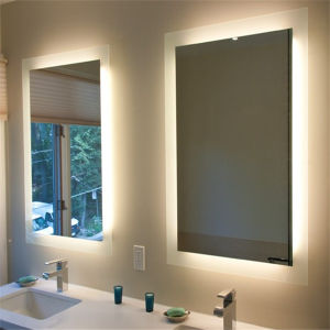 Modern Wall Hanging Bathroom Lighted Fluorescent Mirror for Hotel pictures & photos