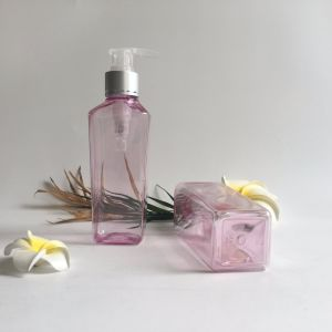 200ml Pet Plastic Cosmetic Bottle with Cream Pump pictures & photos