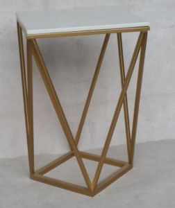 Temporary Metal Coffee Table with Golden Boarding Furniture pictures & photos
