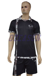 Professional Customized Good Quality Sublimated Mesh Team Soccer Wear (S022) pictures & photos