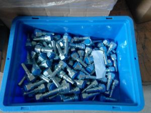 Metric Female 24 Deg Cone Seal Hydraulic Hose Fittings (20411) pictures & photos