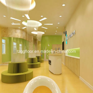 Durable Health Non-Slip Waterproof Vinyl PVC Laminate Flooring pictures & photos