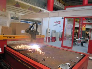 CNC Plasma Cutting Machine Table (CNCTG) pictures & photos