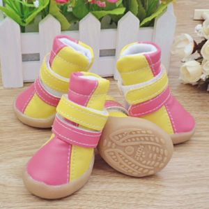 OEM Wholesale Lovely Hot Selling Pet Shoes pictures & photos
