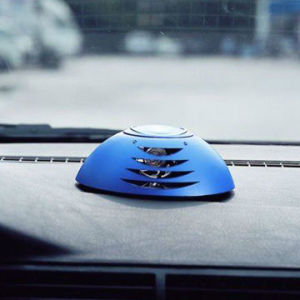 Portable Ozone Car Air Purifier with Car Charger pictures & photos