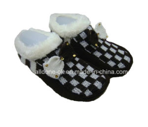 New Fashion Breathable Knit Indoor Floor Shoes Slippers Fotwears Socks pictures & photos