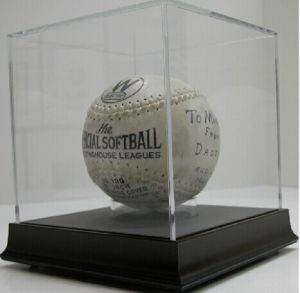 Acrylic Basketball Case, Acrylic Basketball Display Box, Acrylic Football Display Case pictures & photos