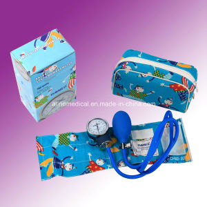 CE/ISO Aneroid Sphygmomanometer with Stethoscope (MA5) pictures & photos