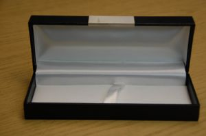 Black Liner Foam Packaging Gift Box with Lid &Base Style pictures & photos