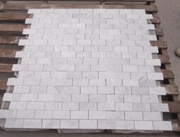 White Bianco Carrara Marble Mosaic Tiles for Flooring/Wall/Bathroom/Backsplash pictures & photos
