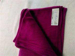 Cheap Disposable Fleece Blanket with Solid Color (ES2072917AMA) pictures & photos