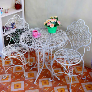 Hot Selling Metal Iron Portable Table and Chairs pictures & photos