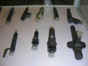 Auto Engine Parts Diesel Fuel Injector 105118-5210 with Nozzle Dlla155pn118 pictures & photos