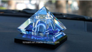 New Style Pyramidal Crystal Glass Perfume Bottle pictures & photos
