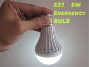 5W Rechargeable LED Emergency Light Bulb for Home pictures & photos