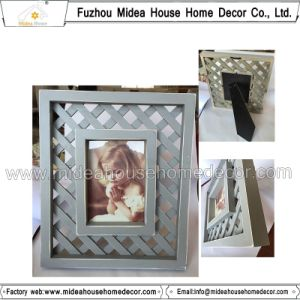 New Design Solid Wood Photo Frame pictures & photos