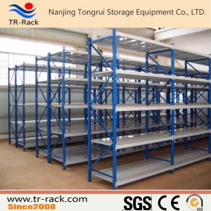 Longspan Steel Middle Duty Warehouse Storage Racking pictures & photos
