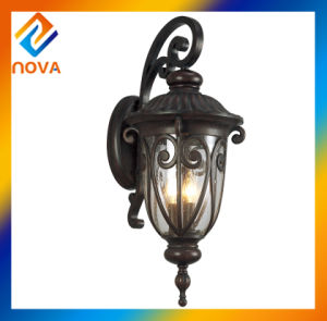European Outdoor Wall Lamps with Glass Diffuser pictures & photos