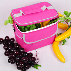 Manufacture Portable Pure Color Ice Cooler Bag with Shoulder Strap pictures & photos