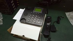Voice + SMS+ FM OEM GSM Desktop Phone 850/900/1800/1900MHz pictures & photos