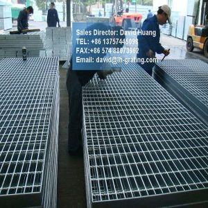 Catwalk Steel Galvanized Grating for Floor pictures & photos