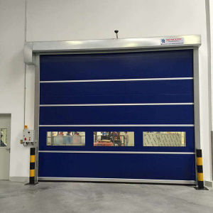 Automatic Industrial Rolling PVC Fast Door pictures & photos