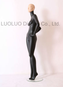 ODM Realistic Female Mannequin with Wear Make-up 1108 pictures & photos