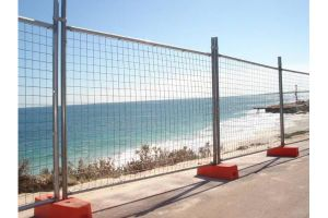 Hot Dipped Wire Mesh Fence