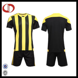 Cheap Custom Sublimation Men Striped Football Shirt Soccer Jersey pictures & photos