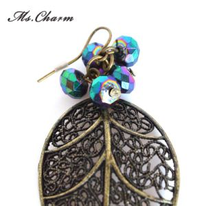 Leaf Custom Alloy Casting Glass Earrings Imitation Jewelry for Woman pictures & photos