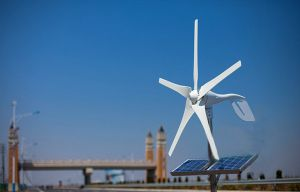 500W Wind Energy (wind turbine Horizontal 100W-20KW) pictures & photos