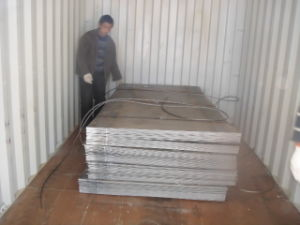 Ss400 Hot Rolled Steel Sheet with Prompt Delivery pictures & photos