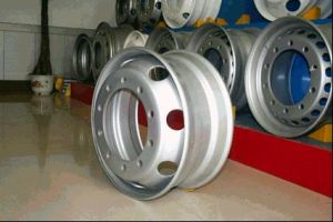 Truck Rim with Size 22.5 X 8.25 pictures & photos