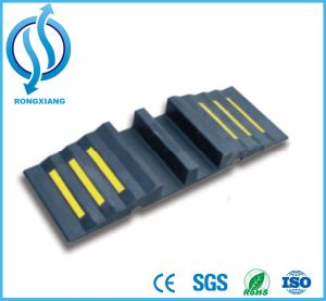 Rubber Black Kerb Ramp for Vehicle pictures & photos