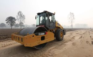 XCMG Xs223j 22ton Single Drum Price Road Roller Compactor pictures & photos