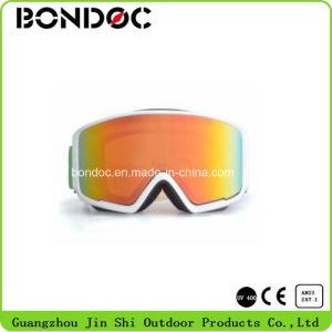 News Design Snow Glasses Fashion Ski Goggles pictures & photos