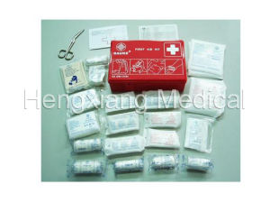 Vehicle First Aid Kit pictures & photos