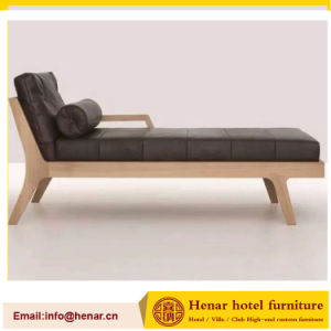 Chinese Wooden Frame Chaise Lounge Bed/Living Room Sofa Bed pictures & photos