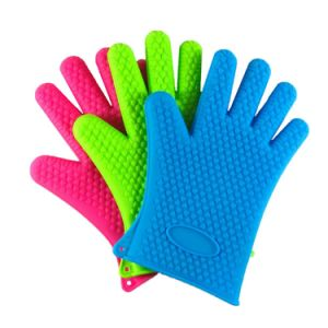 Kitchen Heat Resistant Silicone Glove pictures & photos