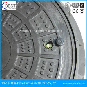 En124 Heavy Duty Hinged Manhole Cover with Lock pictures & photos