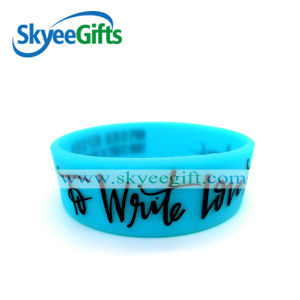 Popular with The Customers Embossed Love Logo Silicone Bracelet pictures & photos
