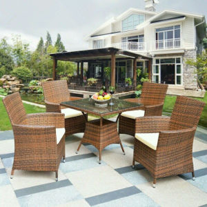 2016 Hotsales PE Rattan Garden Table and Chair Outdoor Furniture pictures & photos